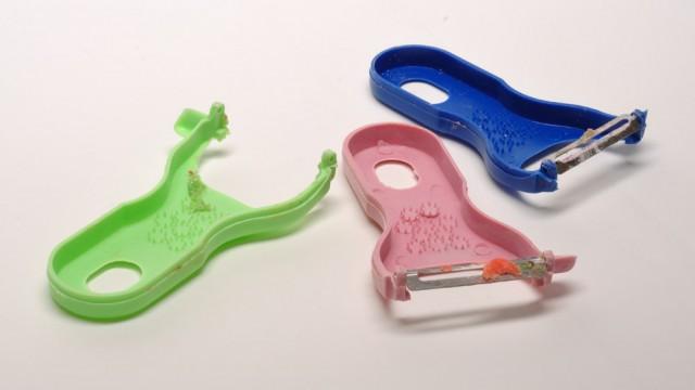 36.plastic shavers