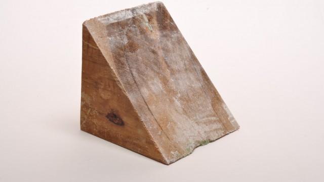 39.wooden wedge
