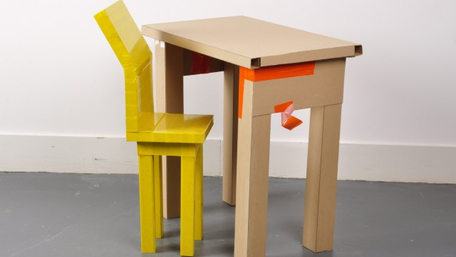 44.cardboard tablechair2